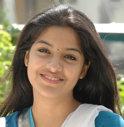 film actress photos archana kavi latest hot photos in