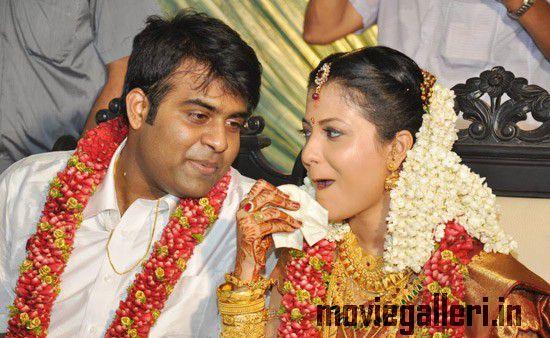 Actress Sreedevika Wedding Photos Malayalam