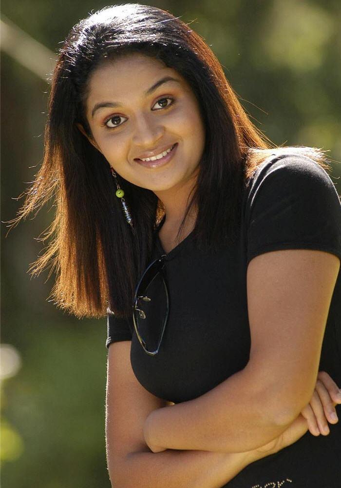 Actress Karthika Cute Stills