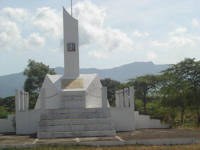 Resultado de imagen de monumento de la barranquita mao
