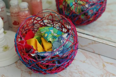Como hacer cesta forradas de hilos
