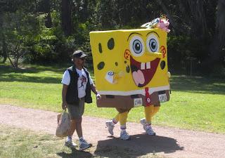 Sponge Bob in Bay to Breakers in San Francisco