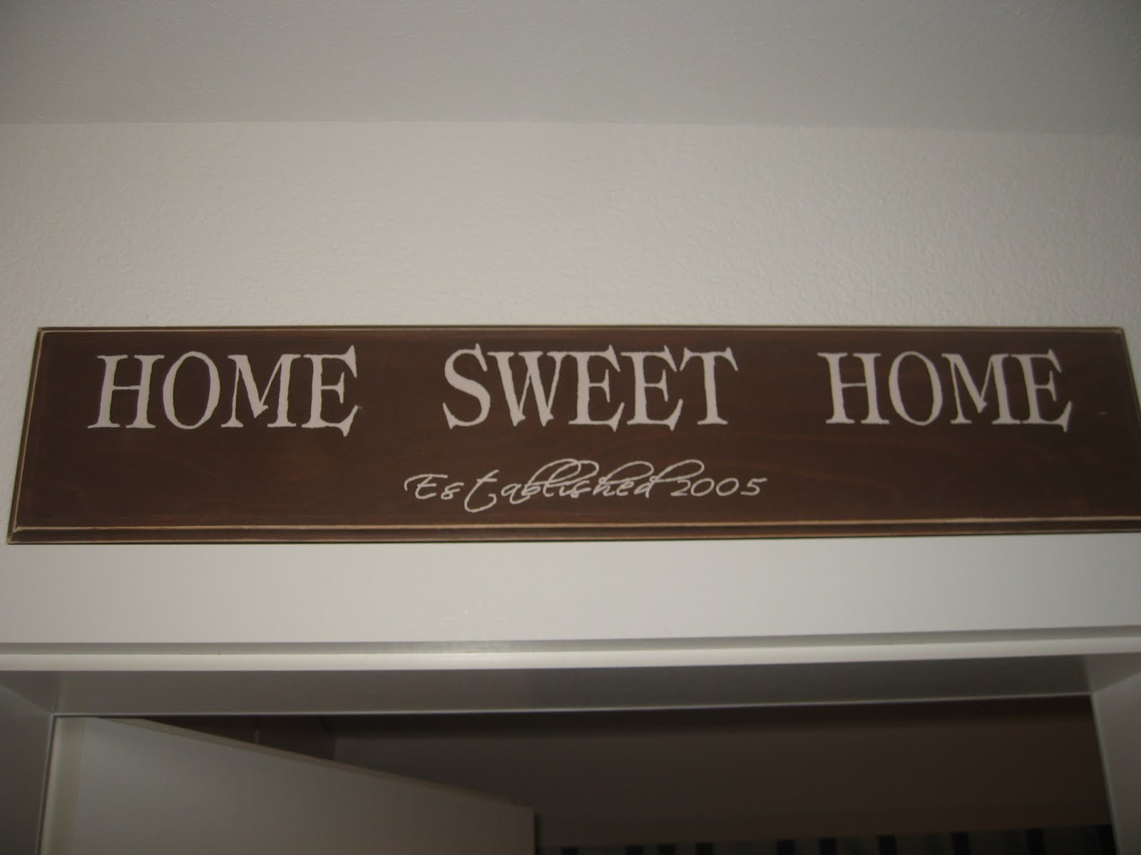 The Way We Live Now: DIY 'Home Sweet Home' Plaque