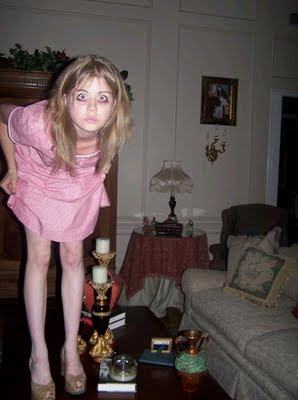 Crazy Funny Photos: Young Girl Evil Looking People