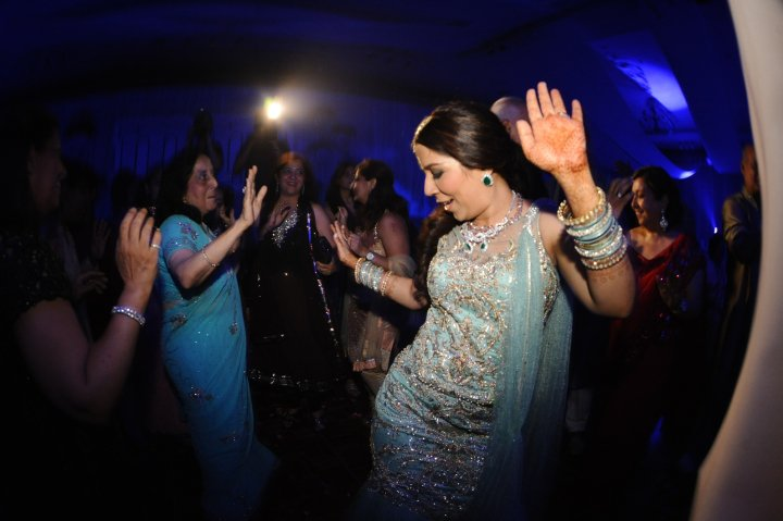 Old School Wedding Song: Music: Best Bhangra DJ, Old School Bhangra DJ, Toronto