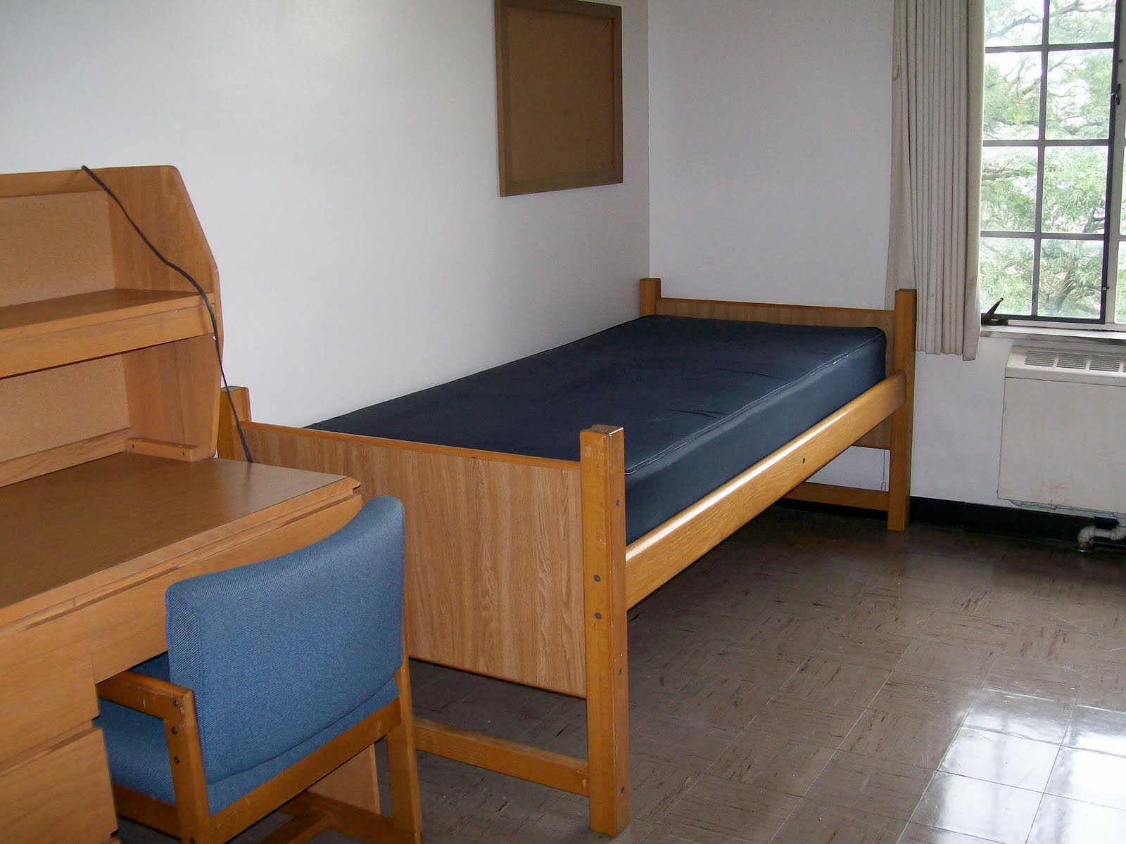 Dorm Furniture [Slideshow]