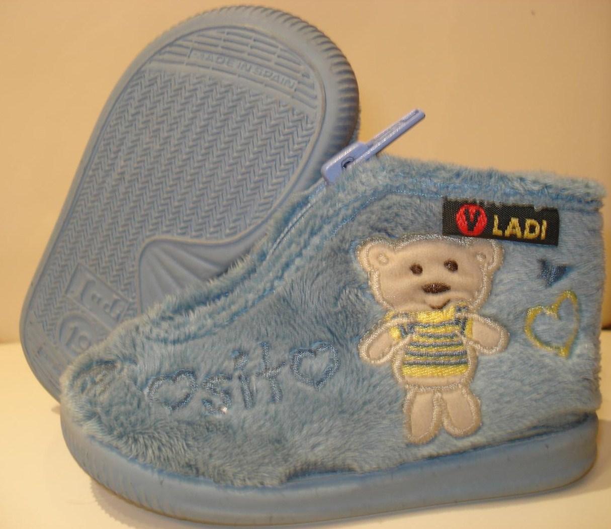 96510a104f7 Sólo en el Corte Inglés he encontrado esta marca de zapatillas. Me gustaron  mucho por ser muy suaves