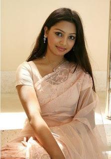 Sadiya Jahan Prova with shari