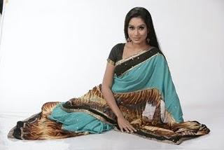 Zakia Bari momo bangladeshi model