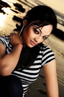 Mounita Khan Ishana Bangladeshi  Model hot and sexy photos