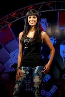 Shruti Hassan pop singer