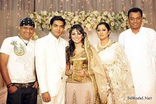 model Prova and Rajib with singer tutul and Tania