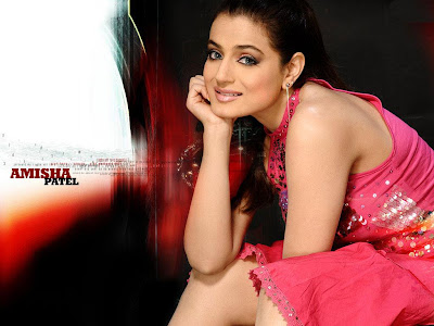 Amisha patel sexy pics, Amisha patel sexy wallpapers, Amisha patel smile