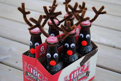 reindeer beer bottles - handmade christmas gift ideas