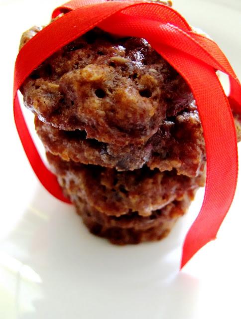 Resep Cookies dengan Kismis, Kacang Mete dan Choco Chips JTT