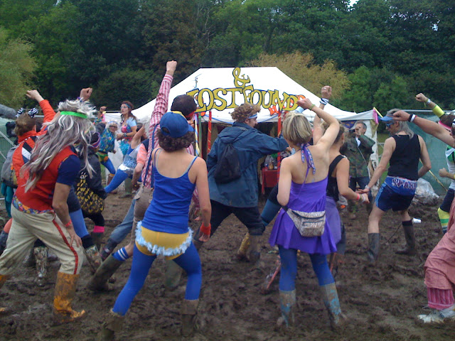 aerobics in the mud. Bestival pic:kerstin rodgers/msmarmitelover