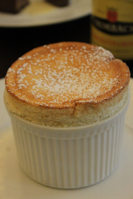 Grand Marnier soufflé, la regalade, Paris