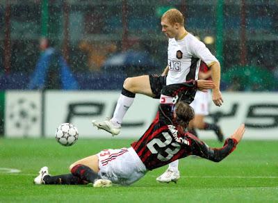 AC Milan v Manchester United