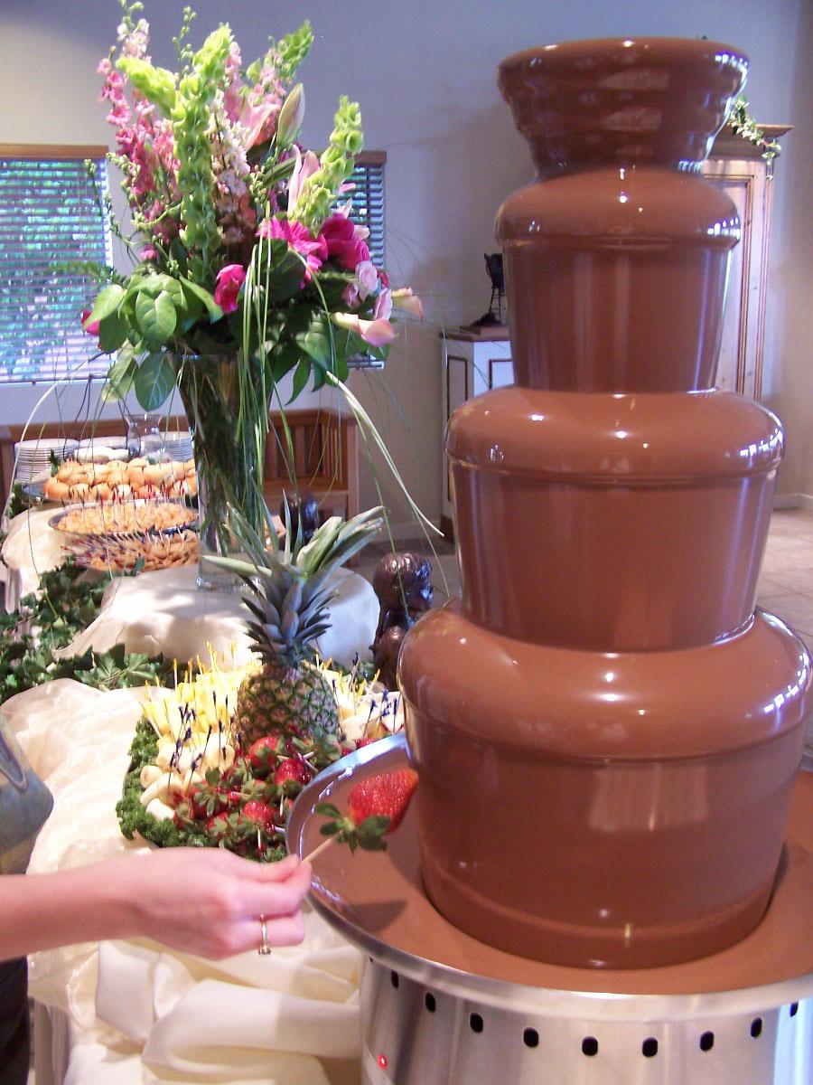 BLISSCANDY: CHOCOLATE FOUNTAIN RENTAL