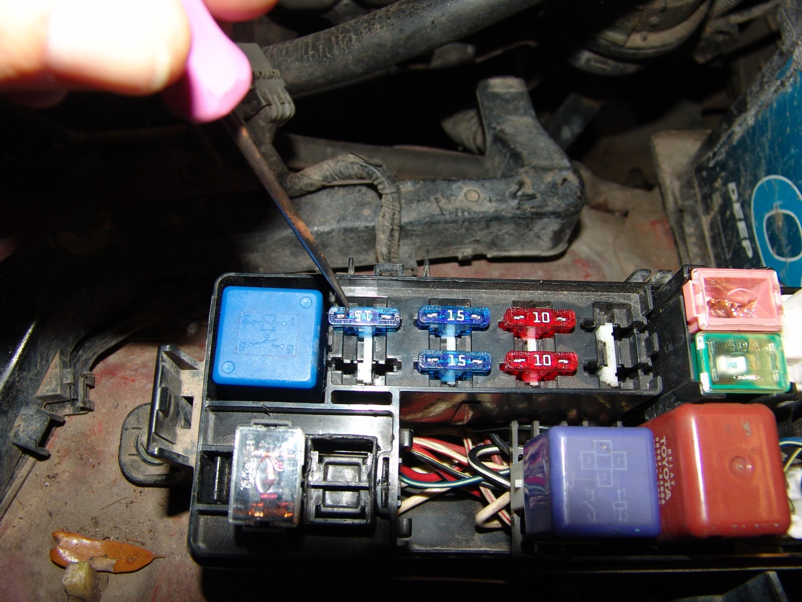 1992 Toyota Pickup Fuse Box Location | Wiring Library