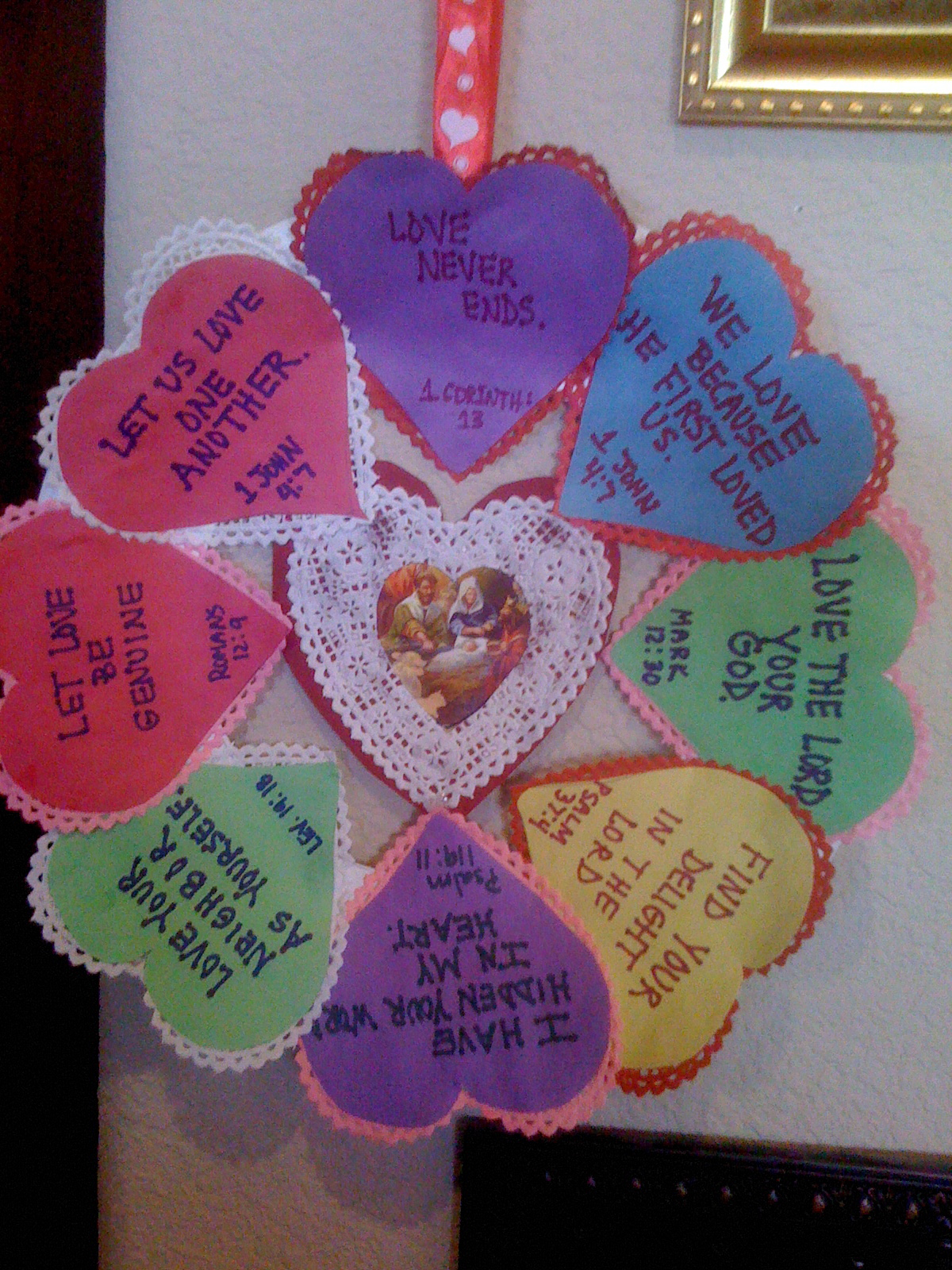 Family At The Foot Of The Cross St Valentine Scripture Wreath