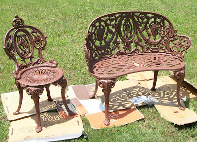 tools are for women too how to paint cast iron furniture rh toolsareforwomentoo blogspot com  how to remove paint from cast iron garden furniture