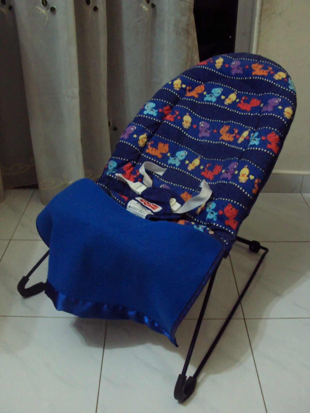 calming vibrations baby chair cream upholstered dining chairs uk toys4toddlers fisher price cover 39n play bouncer
