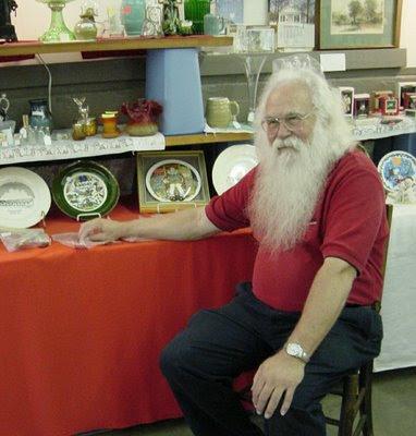 Papá Noel en su puesto de venta ambulante