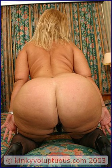 Nude dirty girls in thongs