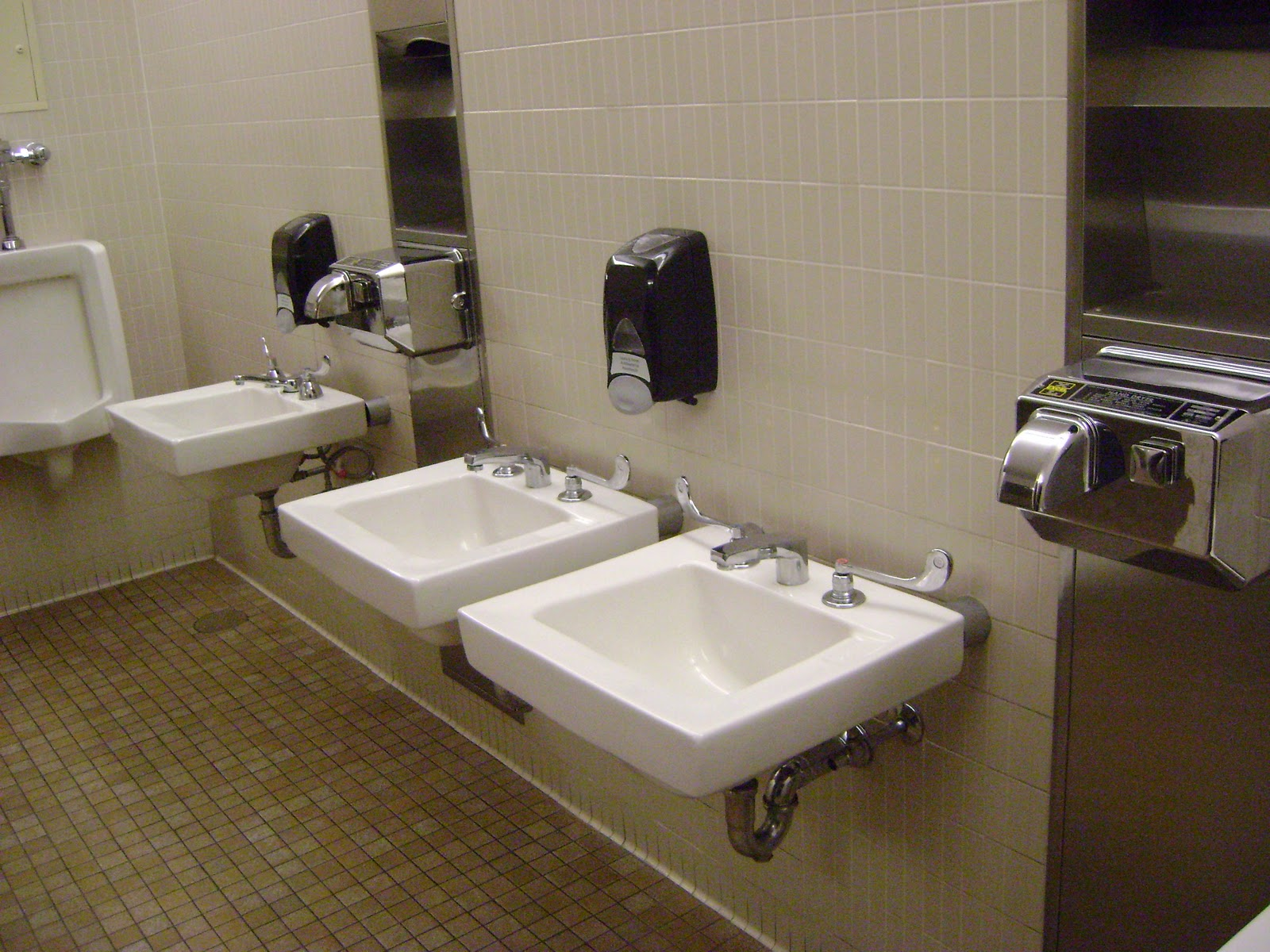 Mount Wachusett Community College By Using This Bathroom You Ve Actually Just Matriculated
