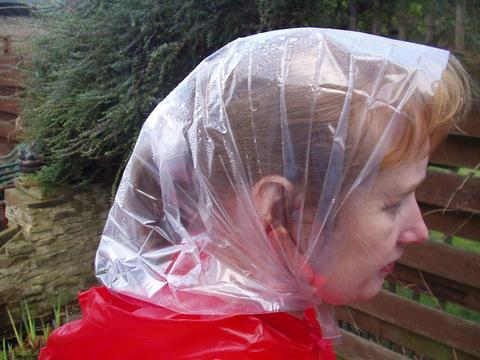 Trump needs a bonnet. women over 40 - remember these things ... 6b99211fc57
