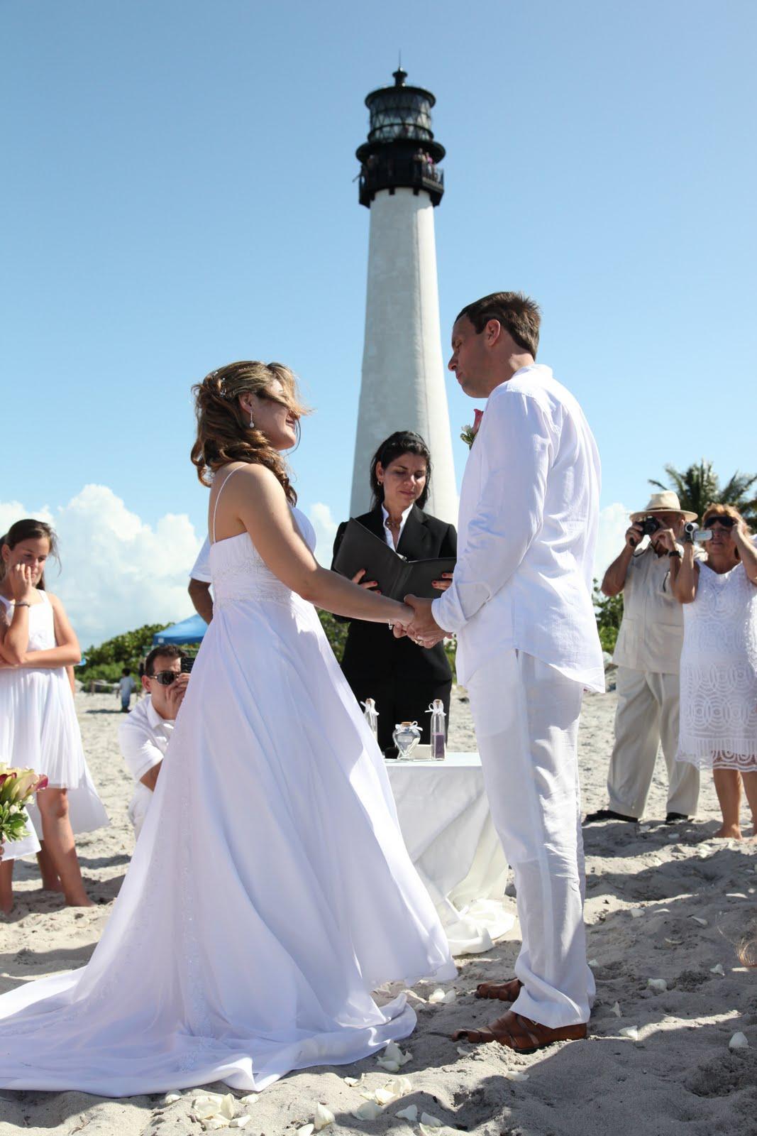 Elegant Beach Weddings Real Wedding Rafael And Yanina At Bill Baggs State Park