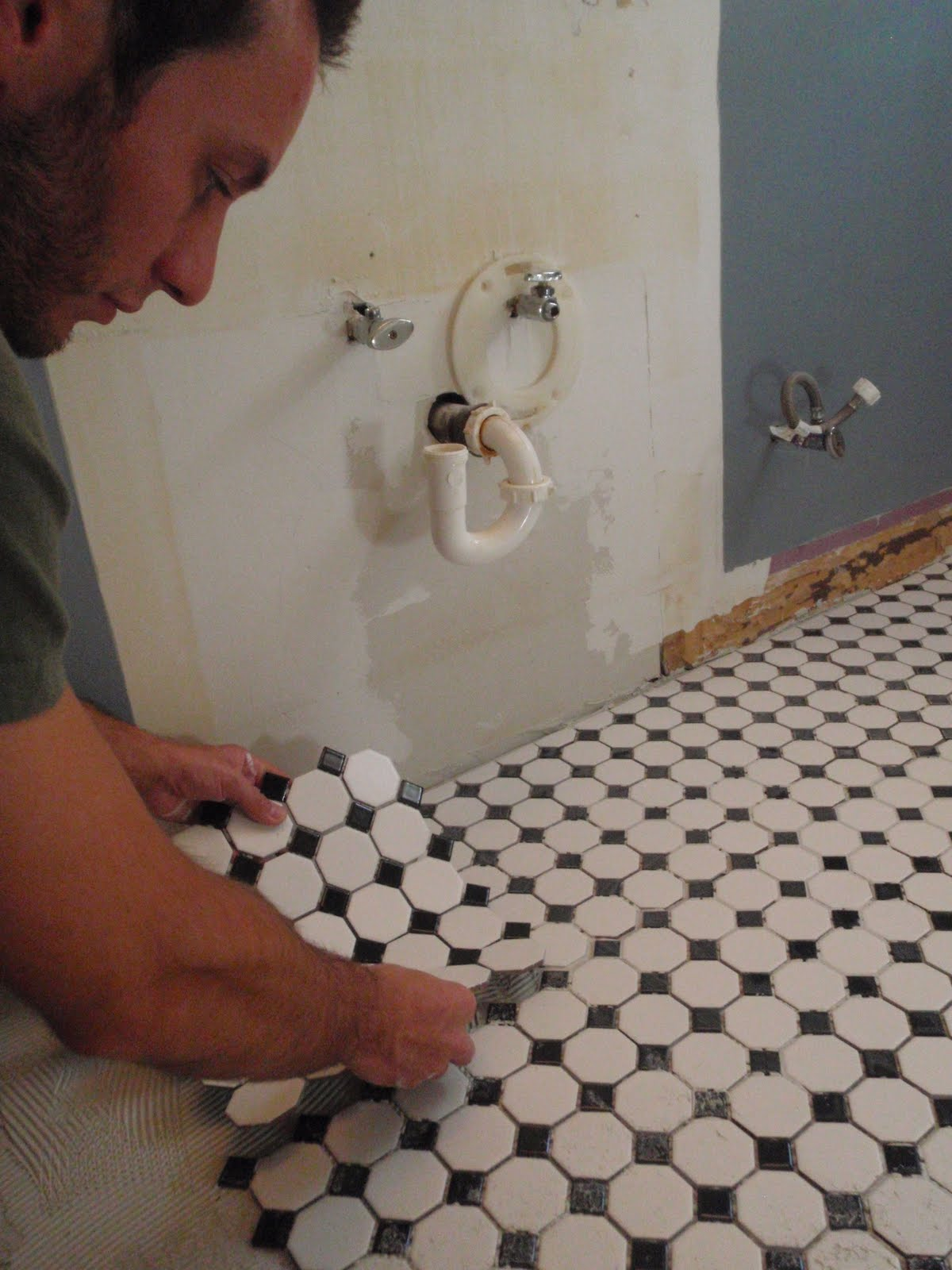 Hammers And High Heels Bathroom Redo Gettin Our Grout On