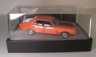 Capital Diecast Garage Trax To05b Ford Falcon Xb Gt Sedan