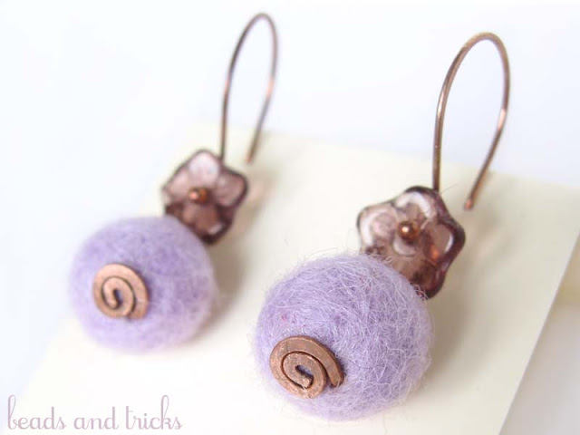 orecchini feltro lilla