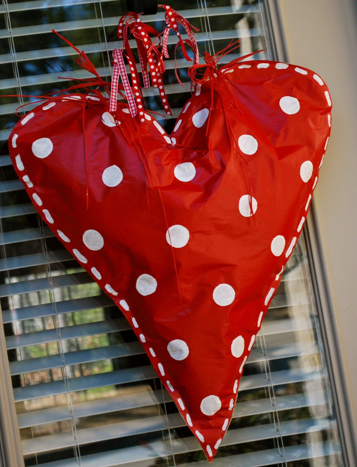 Valentine's Door Decor - Amanda Jane Brown