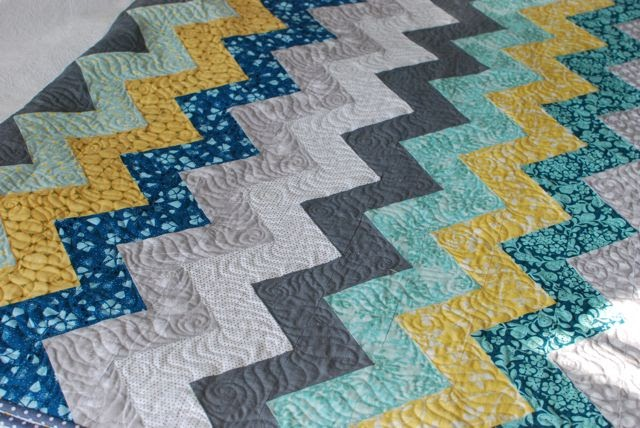 Quilt Story Zig Zag Quilt From Hyacinth Quilt Designs