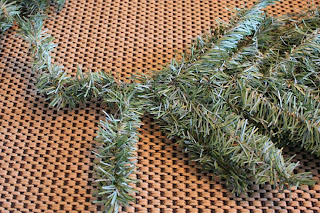 Remodelaholic | Recycling Your Artificial Christmas Tree.... Post 2