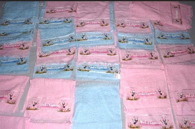 pintura em tecido toalha boca faniquita smilinguido