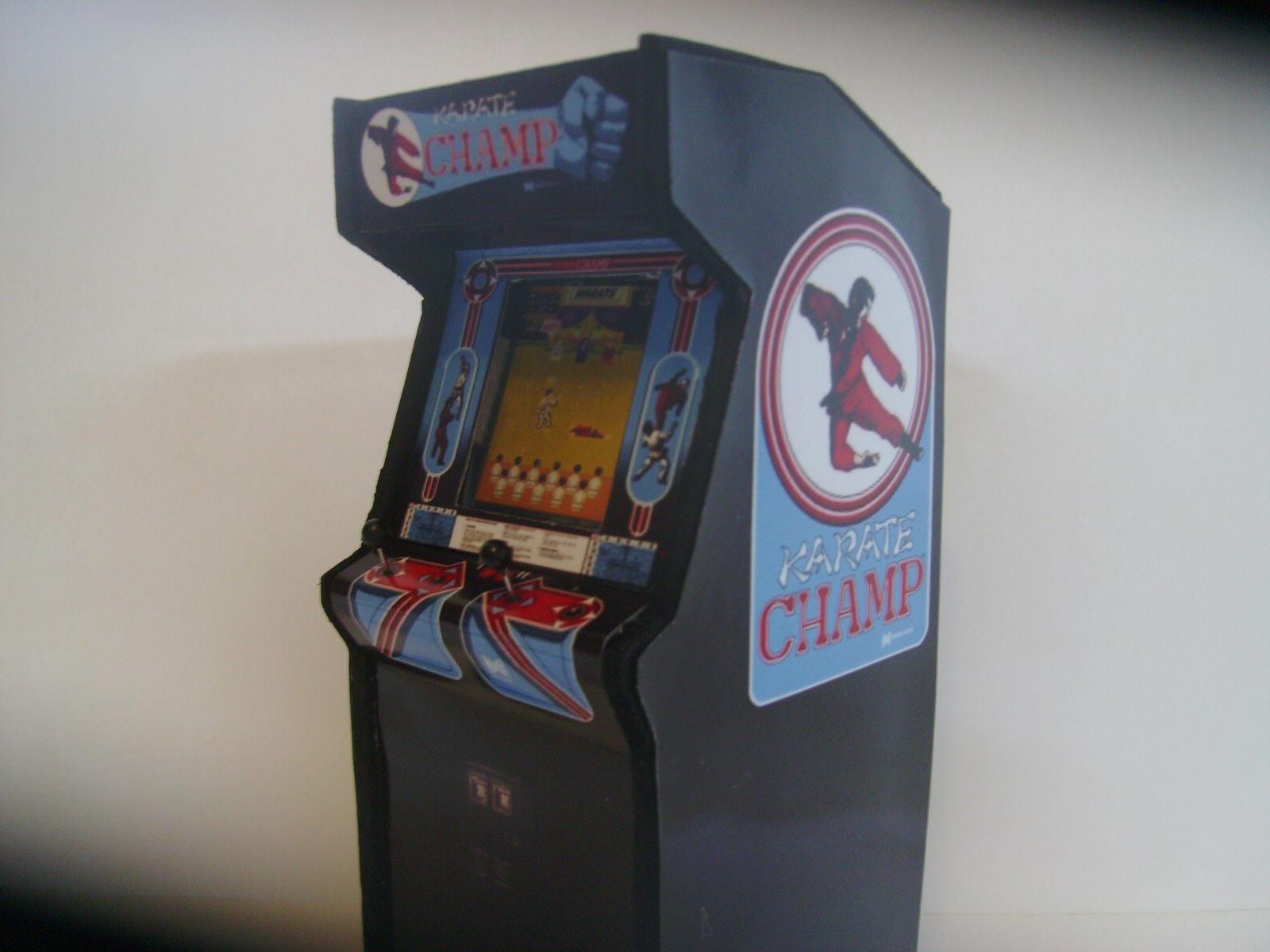 Retro Heart Karate Champ Custom Scale Arcade Model