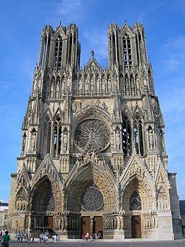 museu do louvre catedral de notre dame de paris
