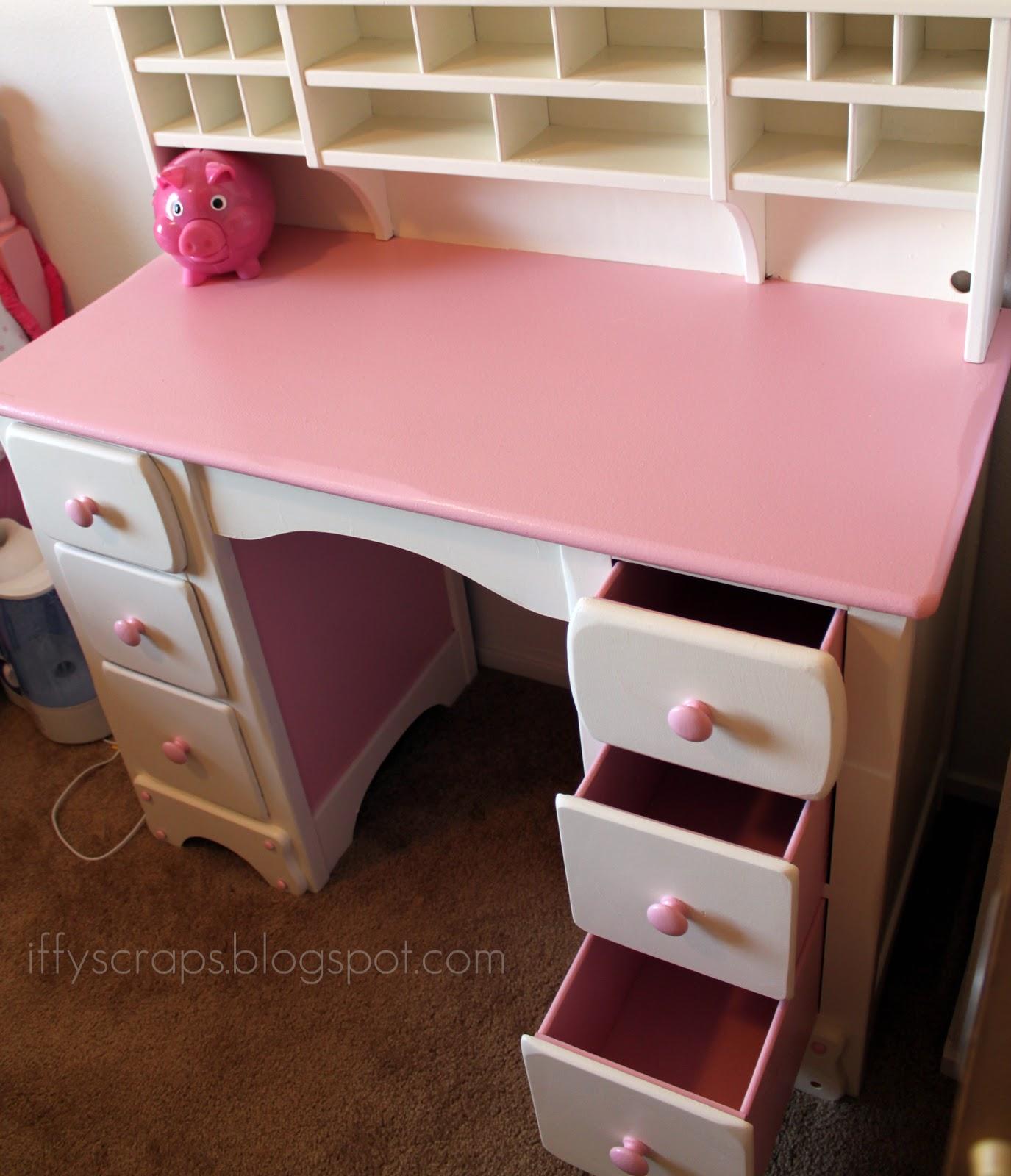 Diy Diva Lil Pink Amp White Desk Re Finished