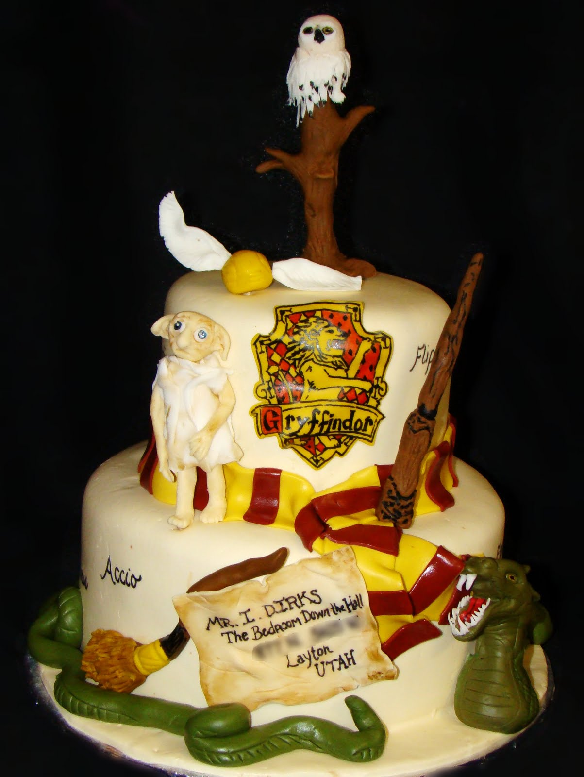 layers of love harry potter cake. Black Bedroom Furniture Sets. Home Design Ideas