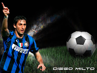 Diego Milito In Action