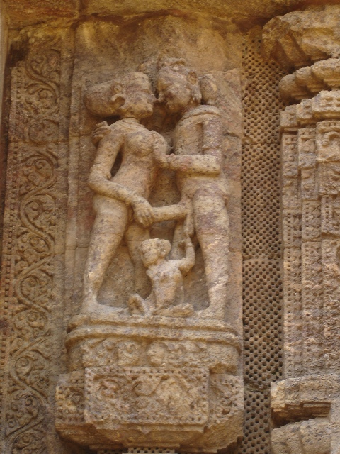 sex erotic art carving konark sun temple