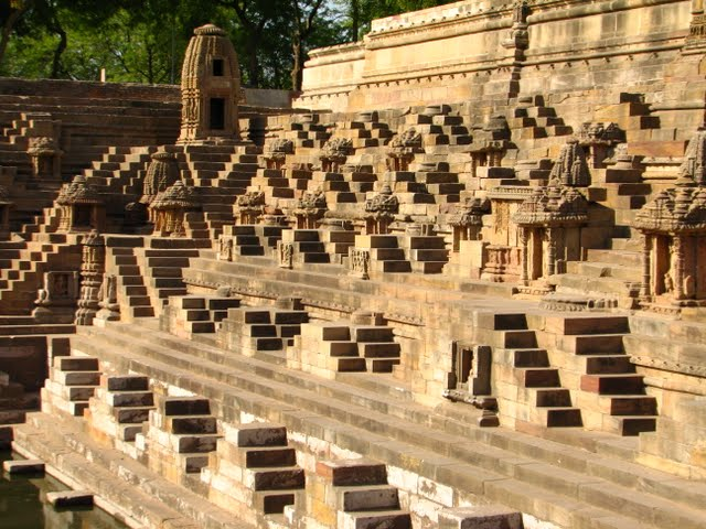 Modhera Sun Temple Gujarat Travel Tourism morning golden photography carvings stepwell water tank