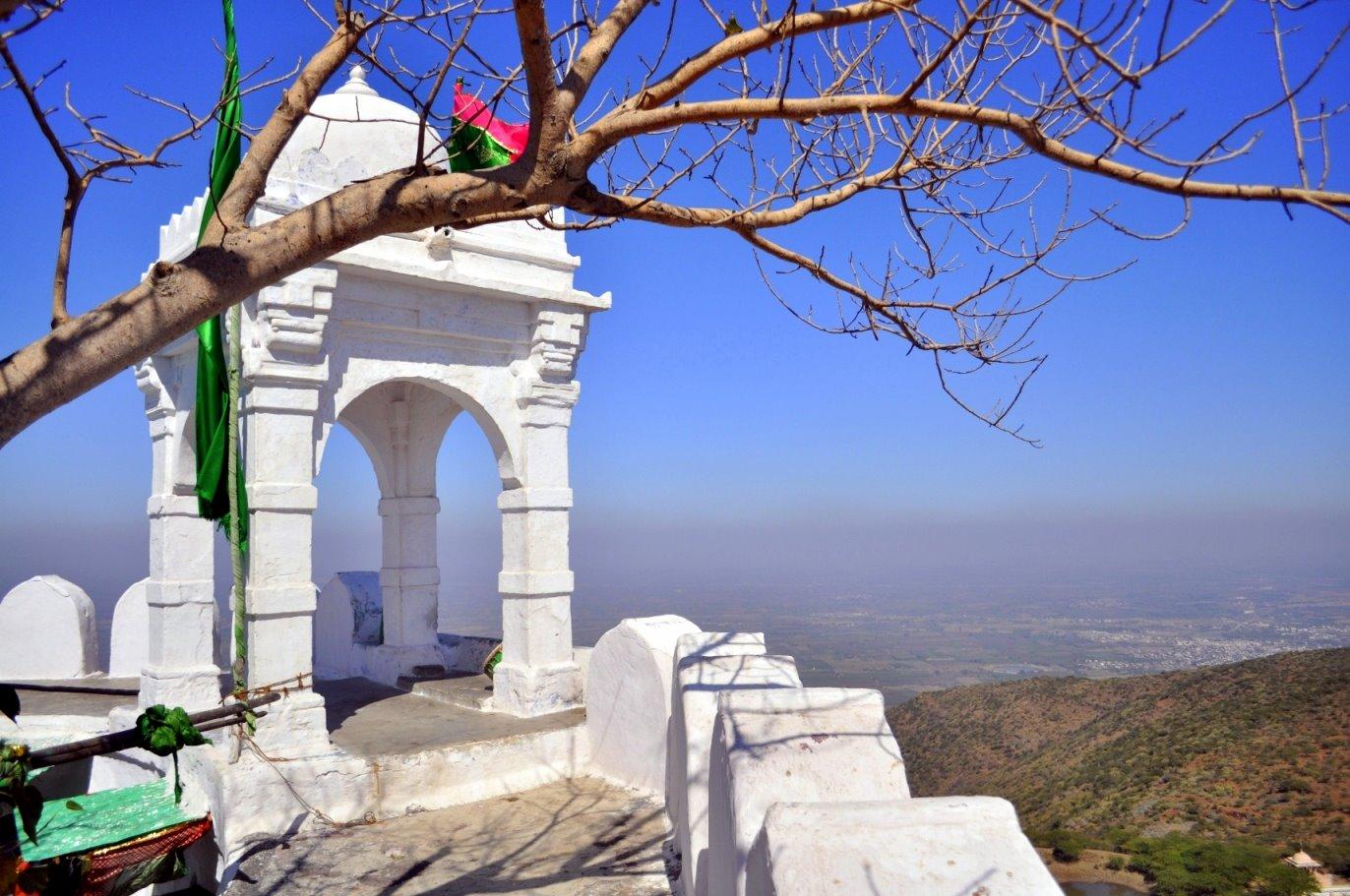 Angaarsha Pir (Peer) Dargah of Palitana: Melting pot of faiths