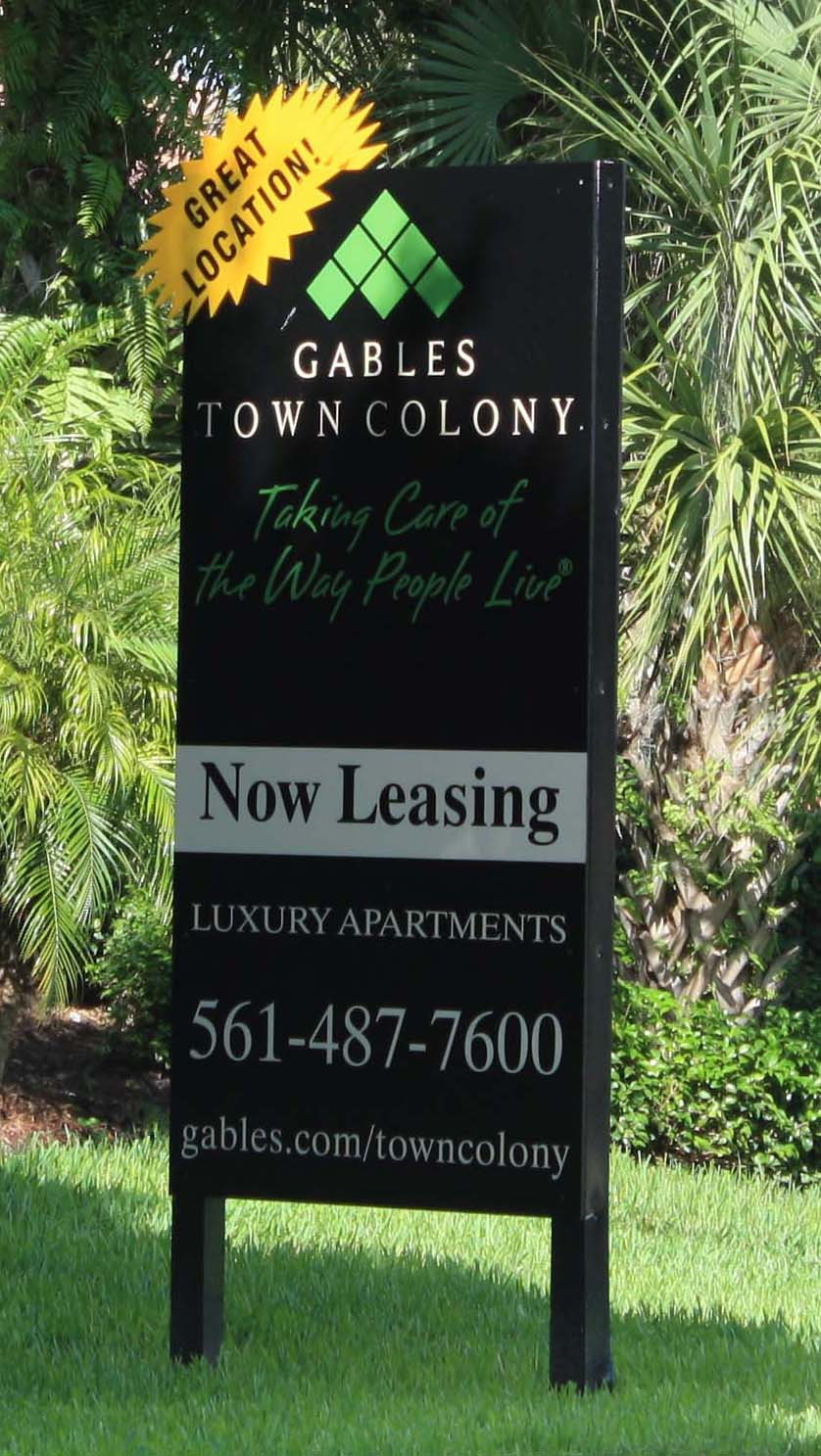 Now Leasing Signs