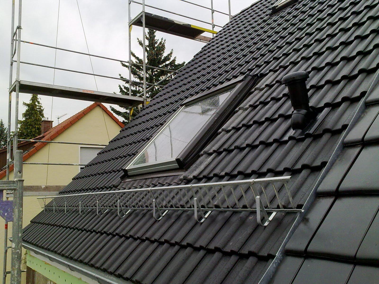 bautagebuch von carolin und j rgen das dach ist eingedeckt. Black Bedroom Furniture Sets. Home Design Ideas