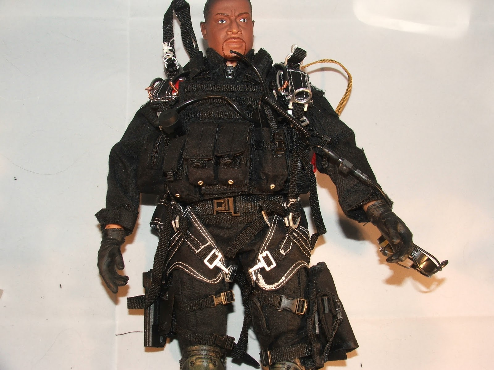 Very Hot Toys Halo Paratrooper